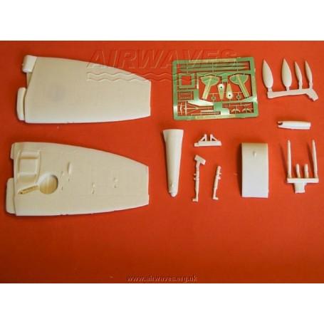 Figurine Golden Darkness White Union Creative